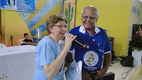 Cícero Toledo homenageia Dra. Maria José